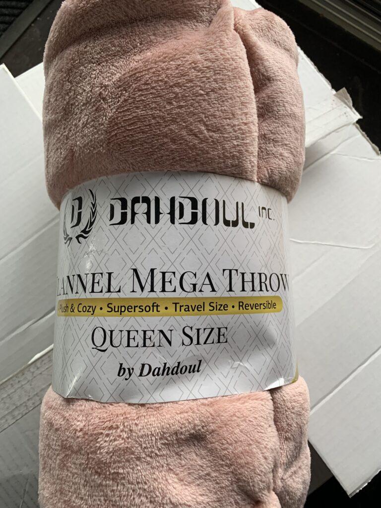 Pink, queen size, super soft blanket