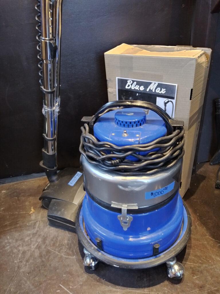 Blue Max Vacuum