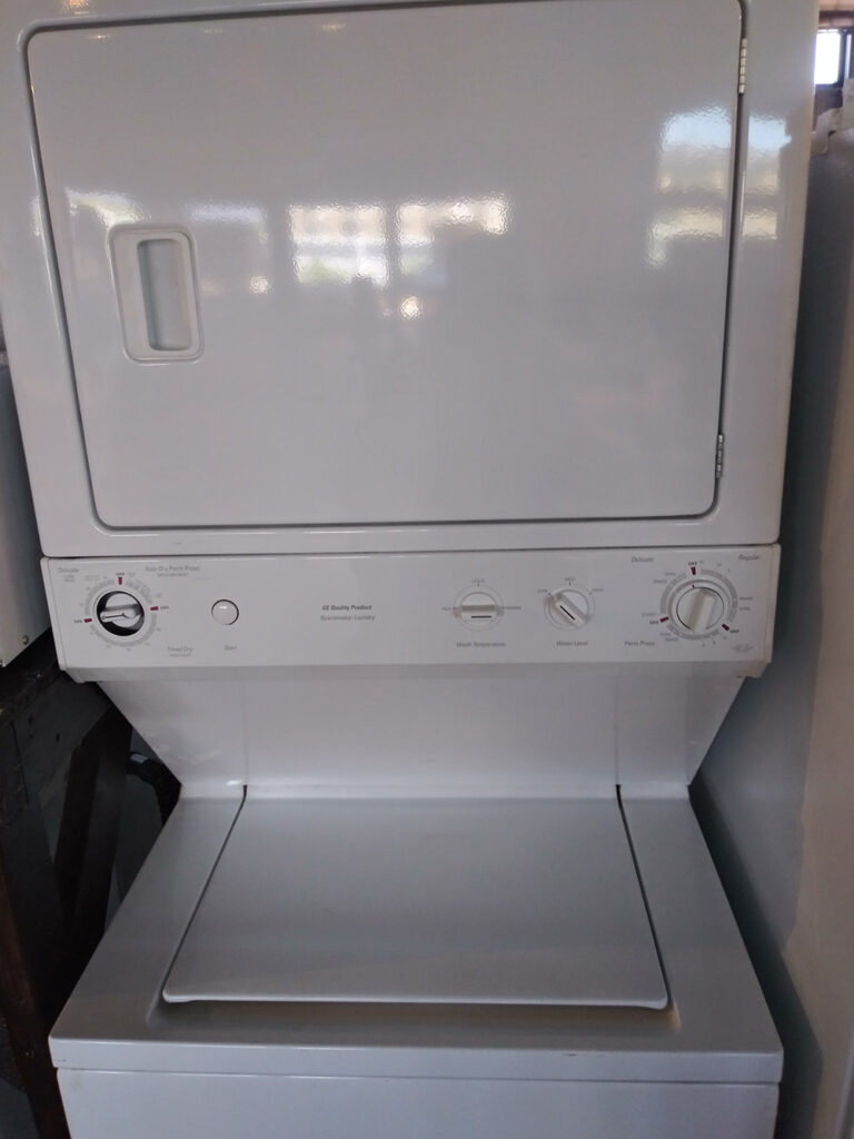 GE Stackable Washer Dryer White